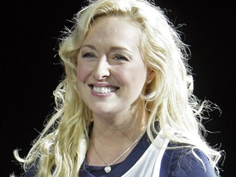 Muere cantante Mindy McCready; posible suicidio