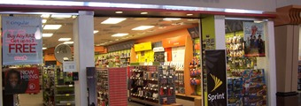 Asaltan tienda Radio Shack en Hollywood